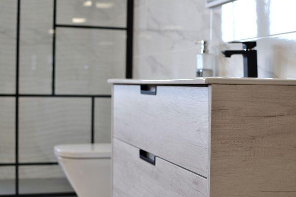 Baño mobiliario Aliaga